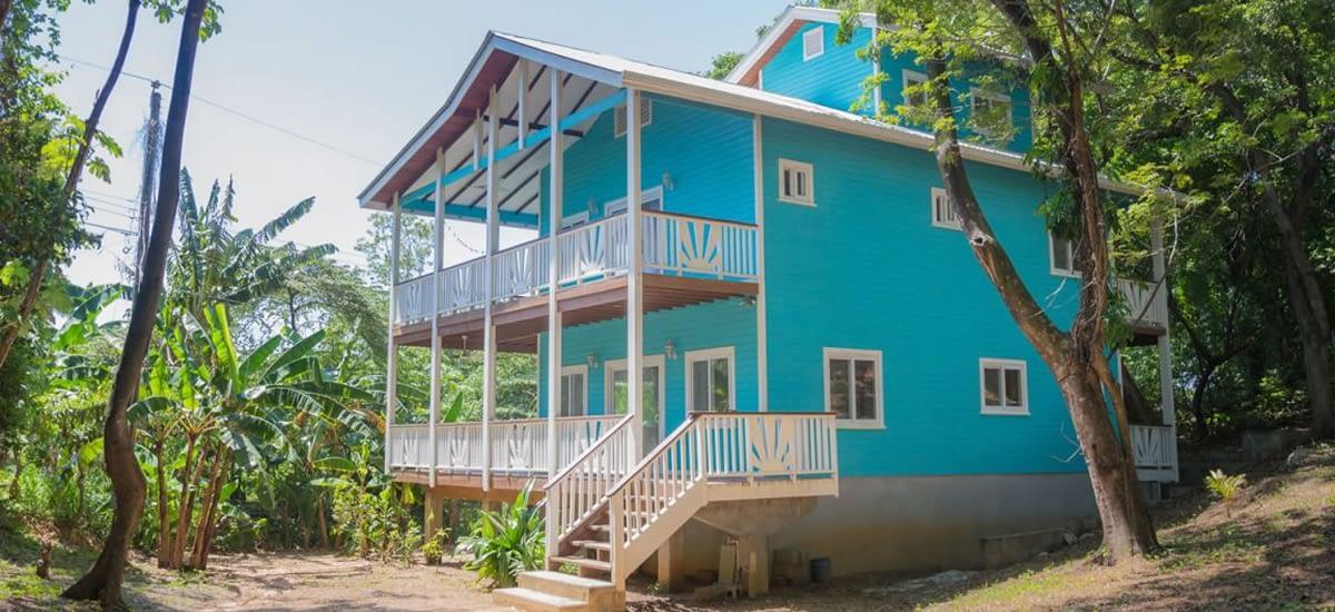 Home for sale near West Bay Beach on Roatan